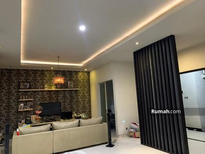 Disewa - Disewakan rumah cocok untuk kantor  di jl. Kartini