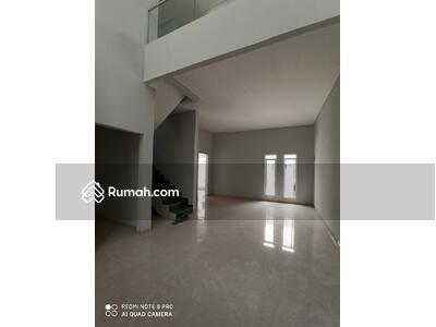 Dijual - Rumah baru minimalis, Lingkungan asik di Singgasana Pradana, Bandung