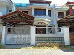 Dijual Murah Rumah 2 Lantai Hitung tanah di Putat Indah
