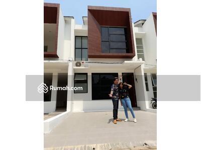 Dijual - Rumah 2 Lantai Asri dan Nyaman Strategis Dekat Tol Andara, MRT Fatmawati