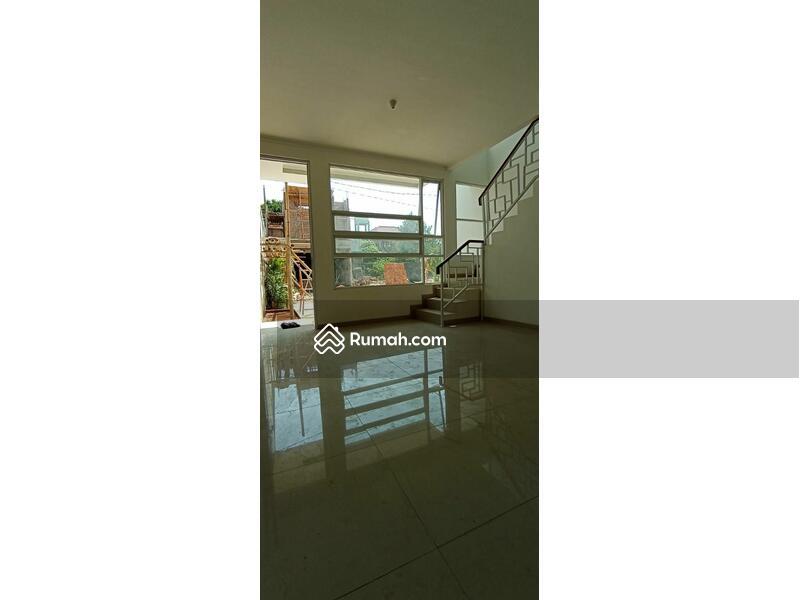 Rumah 2 Lantai Asri dan Nyaman Strategis Dekat Tol Andara,MRT Fatmawati #98968271