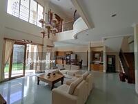 Dijual - Dijual Rumah Mewah Mainroad Setraduta Hegar