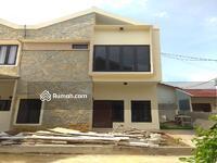 Dijual - rumah baru, asri, siap huni 2 lantai dalam cluster lubang buaya - jakarta timur