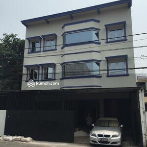 Dijual - 4 Bedrooms Rumah Kemayoran, Jakarta Pusat, DKI Jakarta