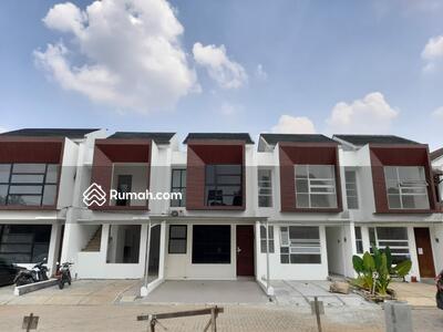 Dijual - Rumah 2 Lantai Asri Lokasi Strategis Dekat Tol Andara, MRT Fatmawati, CiTos dan TB. Simatupang