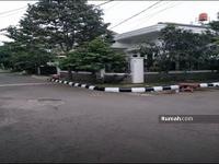 Dijual - Rumah Gaya Klasik Siap huni Komplek Buahbatu Regency