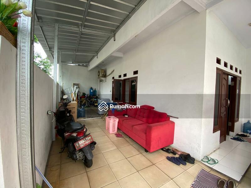 Dijual rumah dekat jalan utama Jakarta Timur #99190303