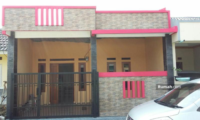 Rumah Cantik di Griya Cariu Indah #99245489
