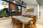 Shop & Apartment 5 Menit ke Pantai & International School di Canggu Bali