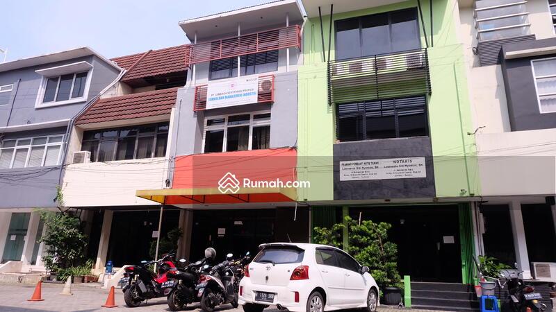 Ruko Strategis Di Kebayoran #99376635