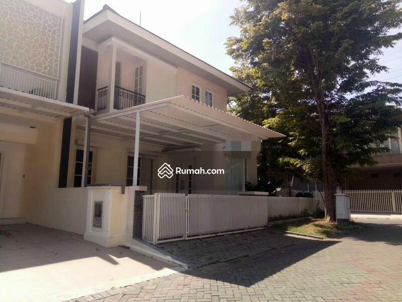 Dijual Cepat Rumah Villa di Valencia Pakuwon #99381933