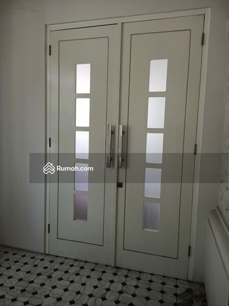 Dijual Cepat Rumah Villa di Valencia Pakuwon #99391861