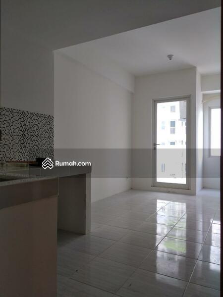 Disewakan Apartemen Puncak CBD 2 BR semi furnished #99383265