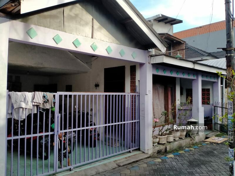 Dijual Rumah murah siap huni di Ketintang Surabaya dekat Royal Plaza #105246477