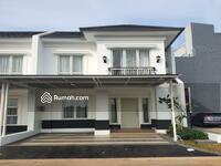 Dijual - GRAND WISATA HOT UNIT Rumah 1. 2 M 5 Kamar Tidur di Bekasi