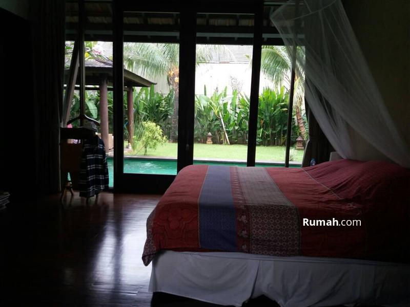 For Rent Beautiful 1 Storey House with Private Pool in Cilandak #99579493
