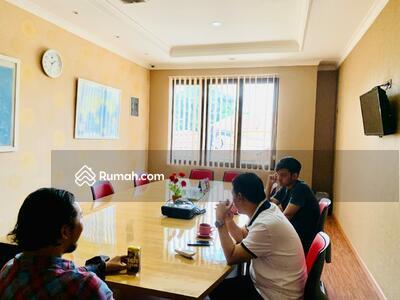 Dijual - Rumah Kantor di Bintaro sektor 1