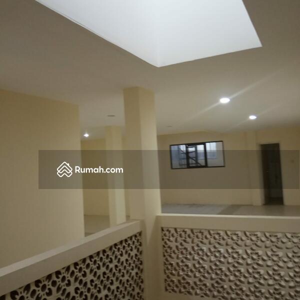 Rumah 3 Lantai Murah #99747707