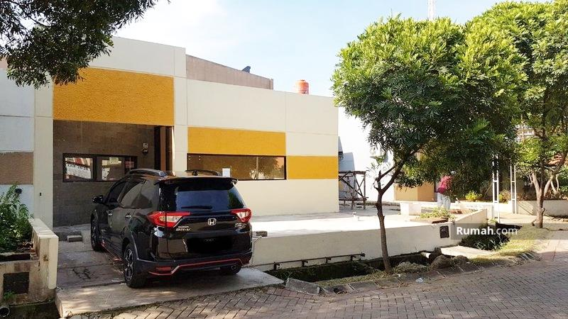 Rumah Second Tanah luas di Cibubur Mansion #99827857