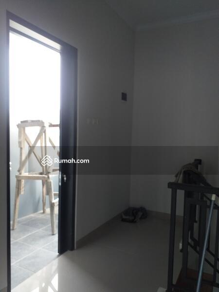 For sale rumah cluster 2 lantai harga murah jagakarsa #107862489