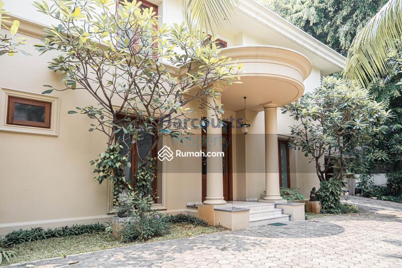 Rumah Classic Bagus, dan Terawat Daerah Kemang #99958993