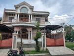 Disewakan Rumah Besar dan Bagus luas 250m di Harapan Indah Regency Bekasi