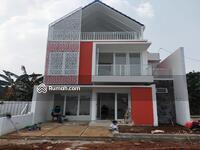 Dijual - Rumah di jatibening pondok gede bebas banjir, 3 Lantai