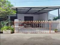 Dijual - Rumah luas di perumahan Puri Gading, dekat exit tol Jatiwarna, bekasi