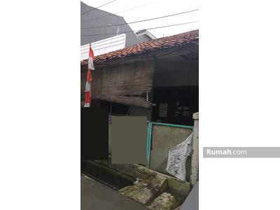 Dijual - Murah Sekali! Dijual Rumah di Jalan Duyung Raya, Jakarta Timur