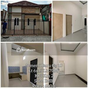 Dijual - Dijual rumah baru mewah minimalis di JL. Sememi Baru. DEKAT DENGAN TOL