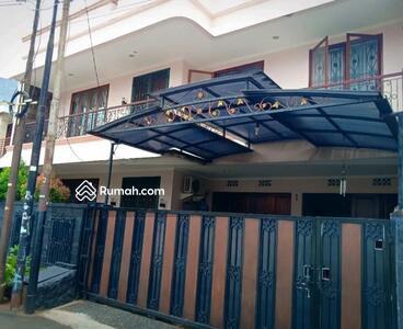 Dijual - RAWAMANGUN | Di Jual Rumah Mewah 3 Lantai Lokasi Strategis Dalam Komplek Keamanan 24Jam