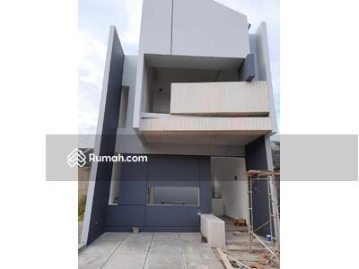 Dijual - Rumah Cantik 2 Lantai, 3 KT, Graha Raya Bintaro Harga Under 1 M