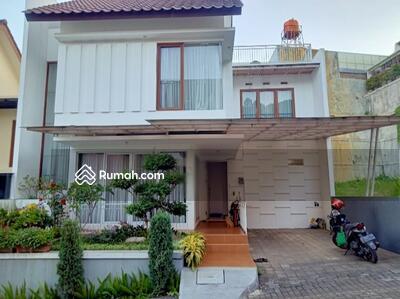 Dijual - Rumah minimalist di Gegerkalong dalam Cluster setra duta Bandung