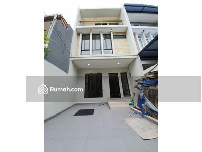 Dijual - Andre tjhia- rumah taman ratu rumah baru, 3 lantai, langka, nego