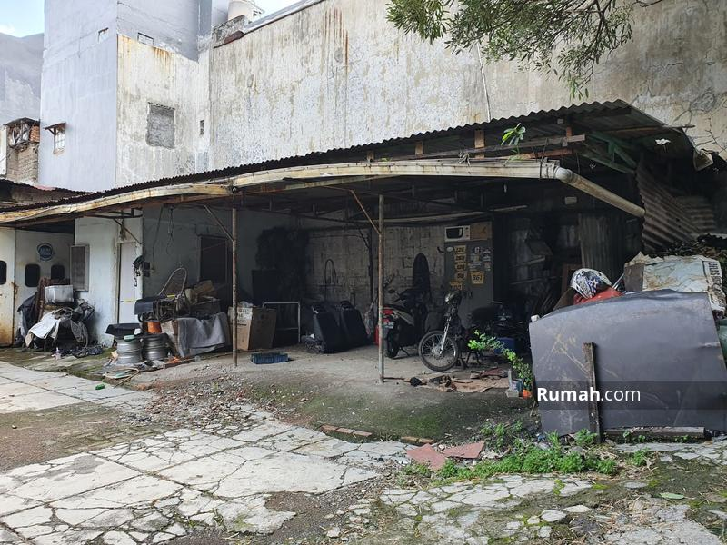 Tanah Komersial Lokasi Strategis Siap Bangun Untuk Usaha Di Pinggir Jalan Utama  Fatmawati Selatan #100533357