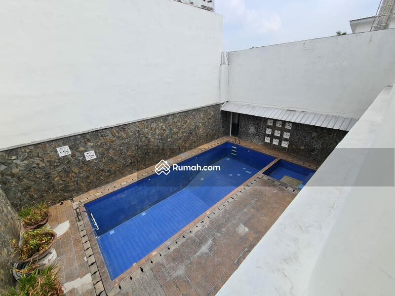 Rumah Asri ada Pool di Jl Puri Pesanggrahan Bukit Cinere Indah #100881281