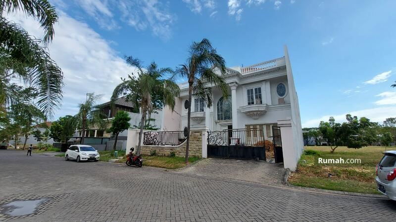 dijual rumah Graha Family dekat pakuwon indah, citraland surabaya barat #100910217
