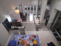 Dijual - Rumah cozy modern 3 lantai