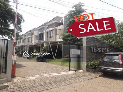 Dijual - Jual Rumah di Terrace Garden di Aria Putra Ciputat
