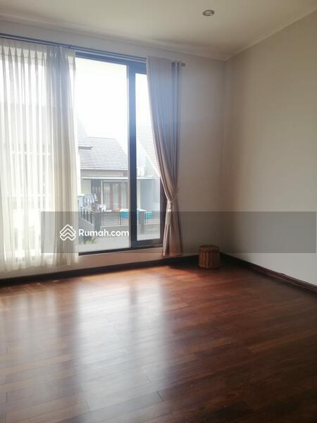 Rumah Cantik 2 Lantai siap Huni Nyaman Asri Kawasan Elite KEBAYORAN RESIDANCE BINTARO #101414829