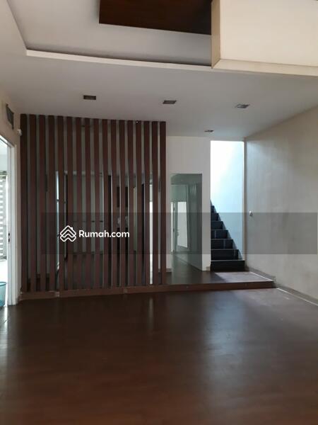 Dijual/Disewa Rumah 2 lt. di Tebet Jakarta Selatan #101449499