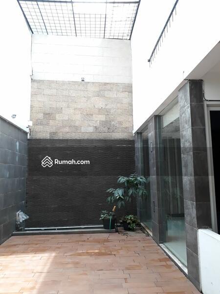 Dijual/Disewa Rumah 2 lt. di Tebet Jakarta Selatan #101449501