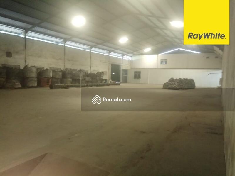Bangunan Eks Pabrik di Nol Jalan Raya Bangil, Pasuruan #101450447
