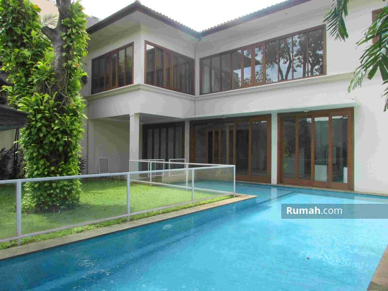 Rumah 6 Kamar Tidur di Cipete Jakarta Selatan #101451725