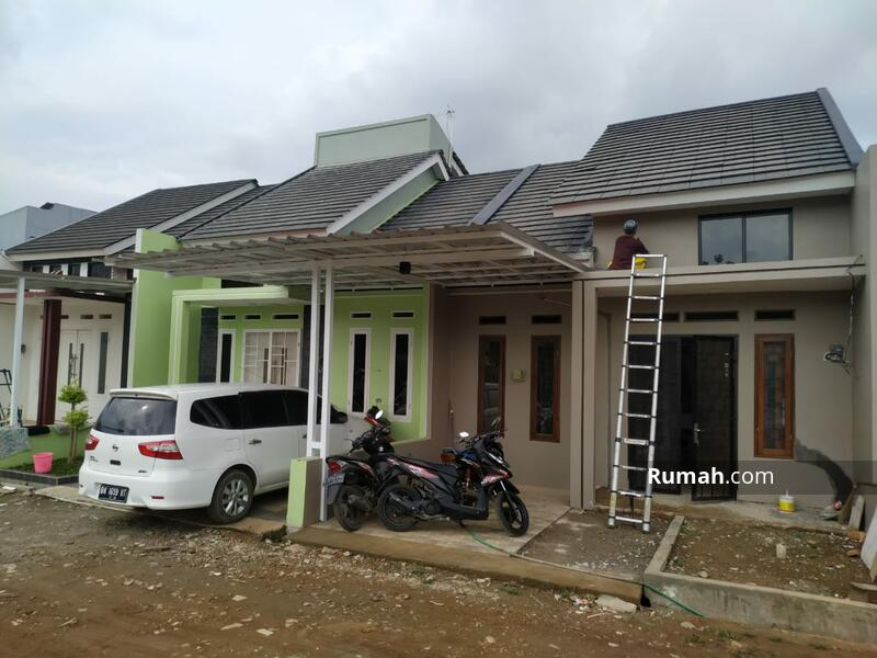 Rumah Baru Siap Huni Selangkah Ke Jalan Raya Pekayon Bekasi #101452137