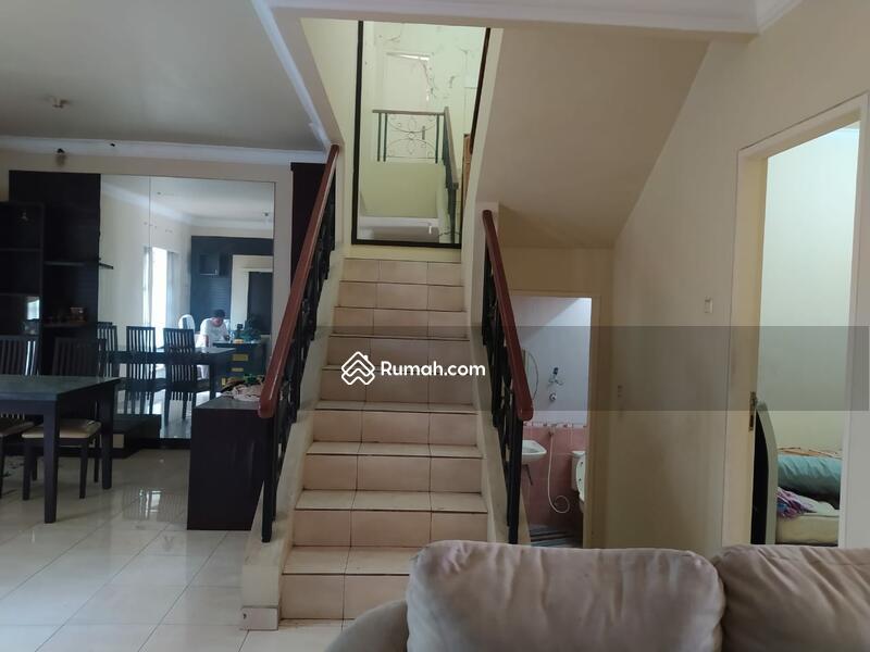 Rumah Klasik Cantik Harga Nego di Kota Wisata Cibubur #101453377