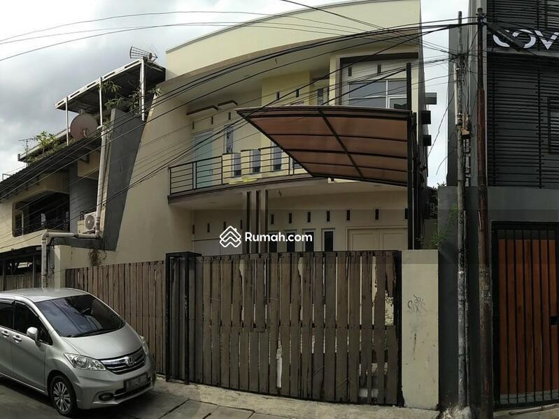 Rumah rapi siap pakai dekat Abdul Muis, Petojo Utara, Gambir #101456885