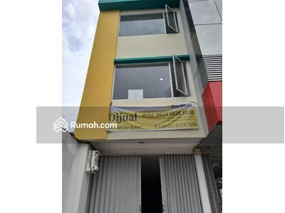Dijual - Dijual Ruko 67 m2 (4, 5m x 15m) di Jl Tebet Raya, Cocok untuk Kantor, dan usaha lainnya. Hub: 0813-18