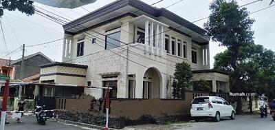 Dijual - Dijual murah rumah mewah di Antapani Bandung