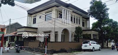 Dijual - Rumah mewah sangat megah di Antapani lokasi strategis